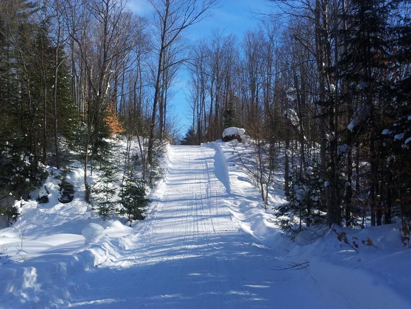 SNOWCREST RIDERS SNOWMOBILE CLUB
